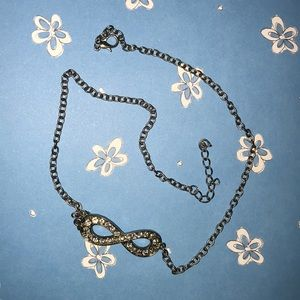 Cute infinity necklace!!